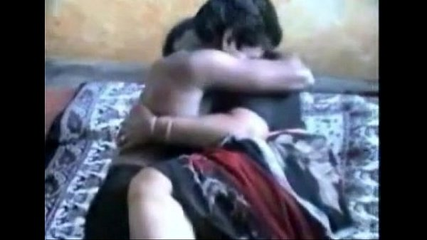 Aunty doing sex with her boy friend